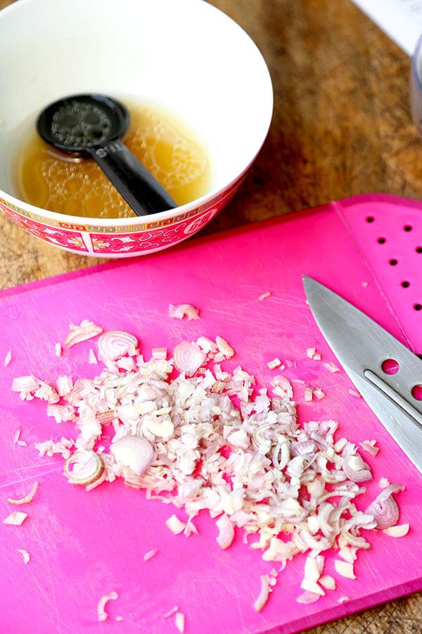 chopped-scallions