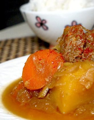 plate of potato, carrot and beef stew