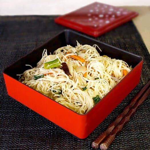 japanese rice noodle stir fry