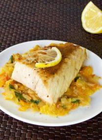 tuna fish cooked with tomatoes