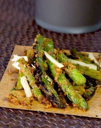 roasted asparagus with breadcrumbs and cheese