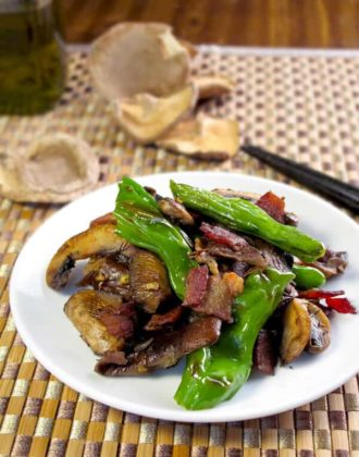 sauteed shishito peppers with mushrooms and bacon