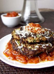 zucchini cakes with tomato sauce