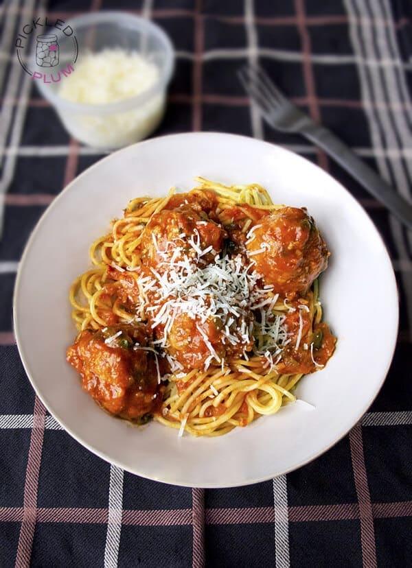 spaghetti meatballs 600