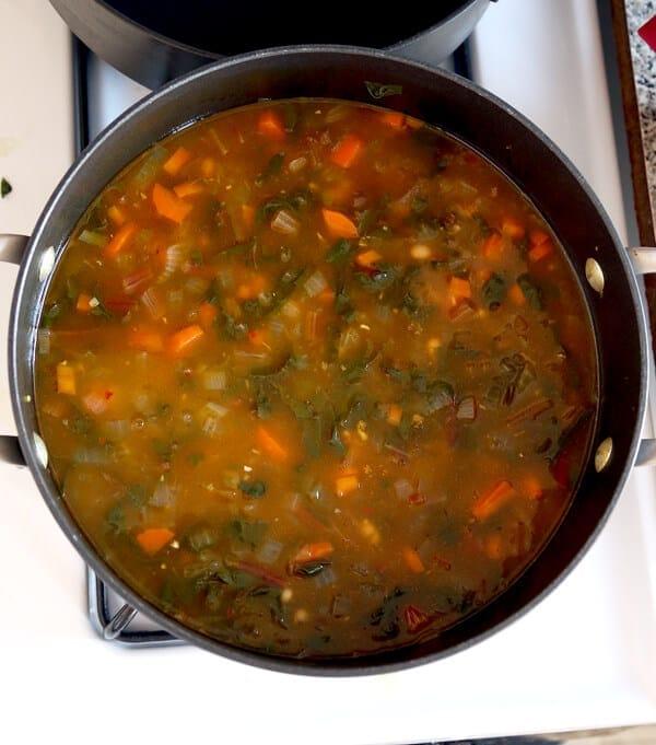 bean soup boiling