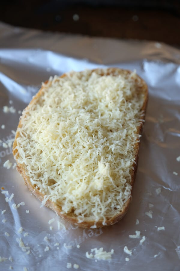 bread gruyere