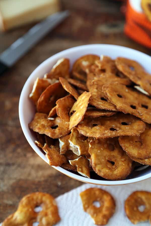 Snack Factory Pretzel Crisps - Buffalo Wing Flavor