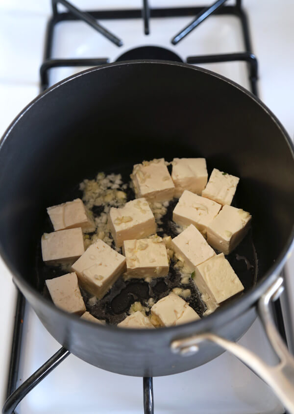 tofu frying
