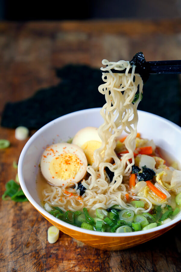 Homemade miso ramen recipe - Learn how to make miso ramen by watching our quick video! Homemade ramen bowl has never tasted so good! #ramenrecipe #homemaderamen #misoramen #japanesefood | pickledplum.com