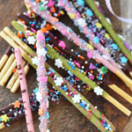 decorate Pocky sticks