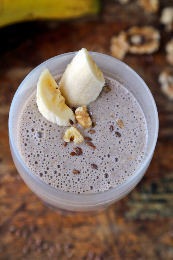 Flaxseed banana smoothie