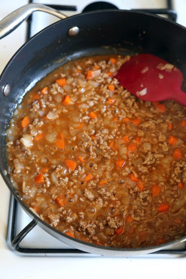 beef-sauce-frying