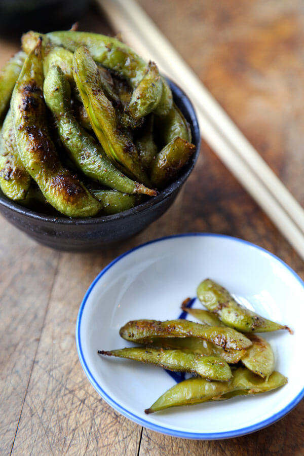 Edamame pods and shells