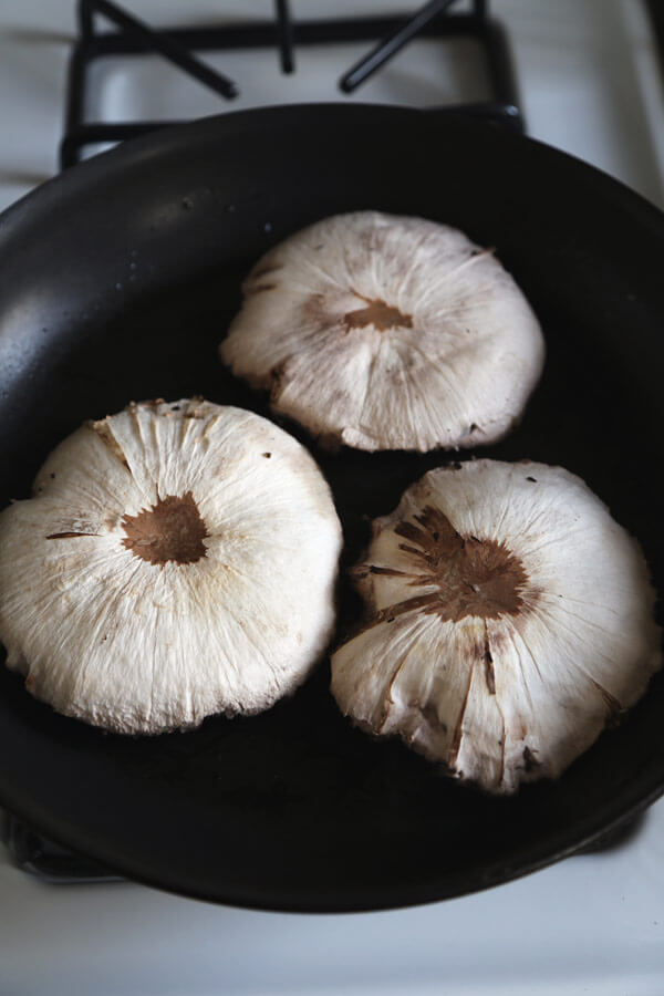 mushrooms-pan