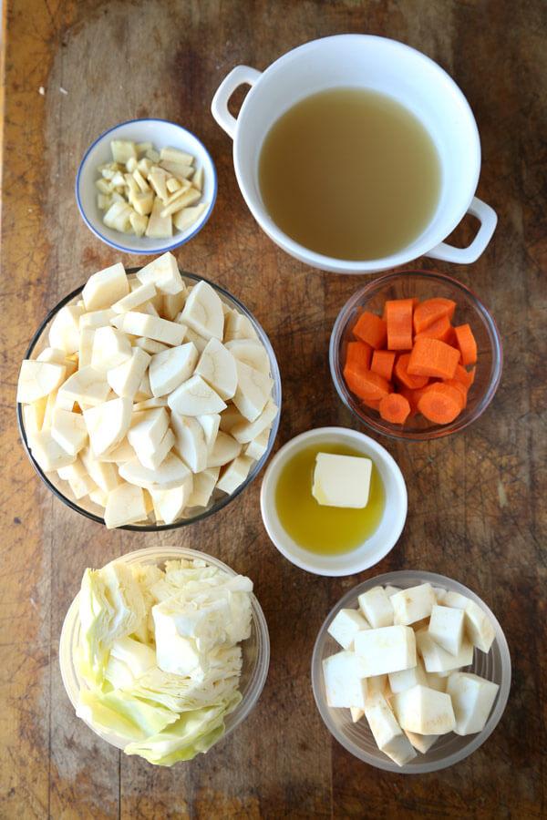 parsnip-soup-ingredients