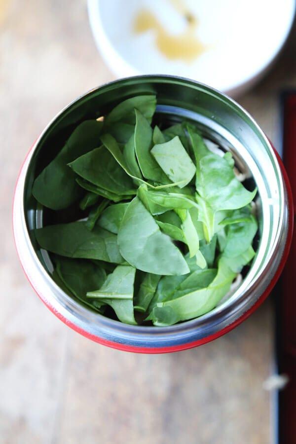 spinach-ramen-cup