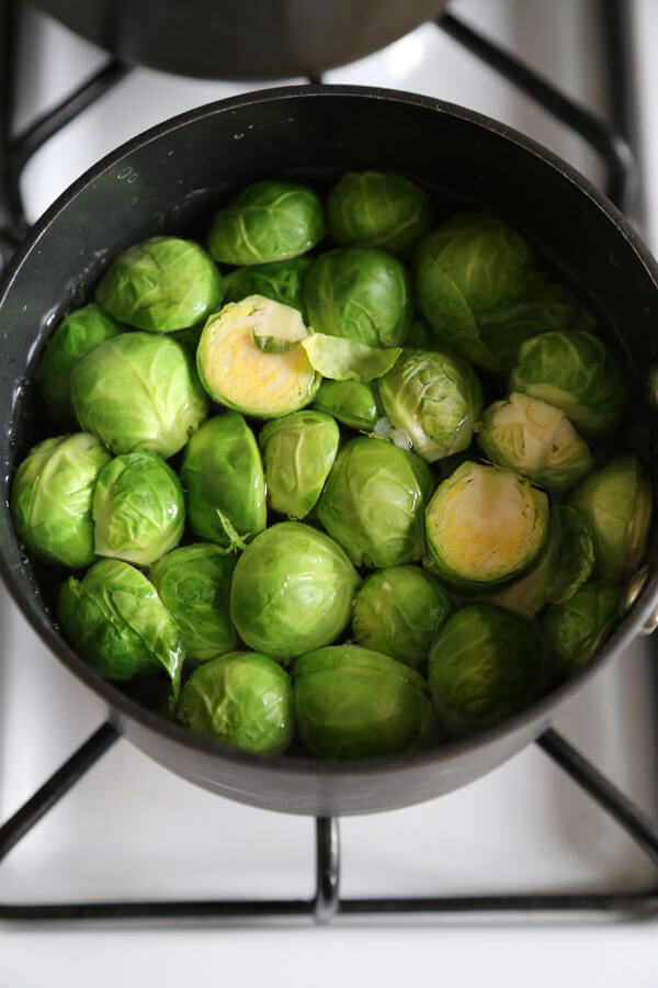 brussel-sprouts-boiling