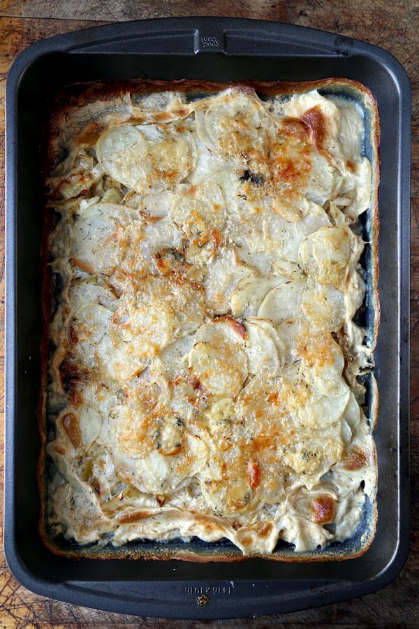 Easy scalloped potatoes bake