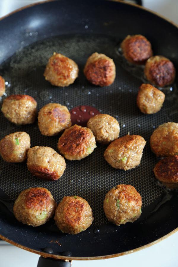 veggie-meatballs-in-pan
