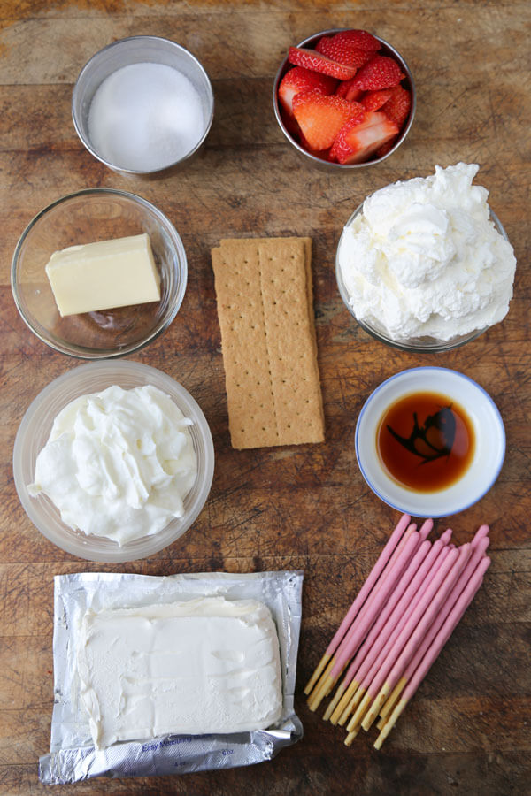 pocky-cheesecake-ingredients