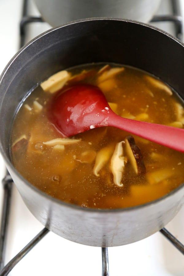 hot-and-sour-soup-pot