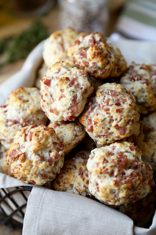 Super bowl party Bisquick-sausage-balls