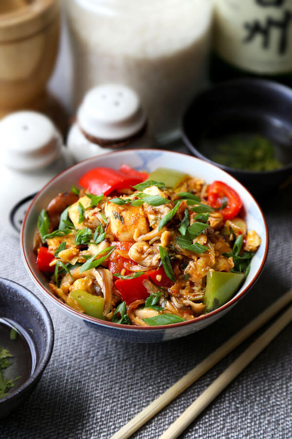 Bowl of Szechuan Chicken | pickledplum.com