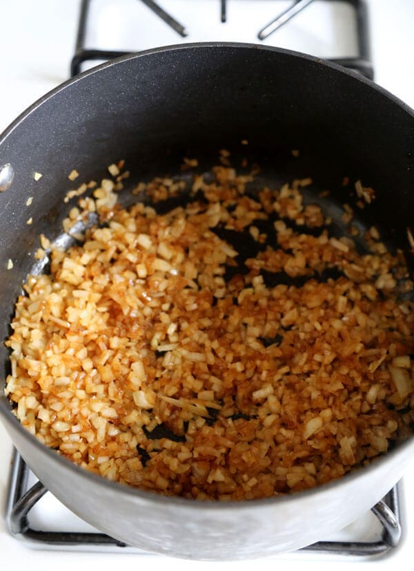 caramelized-onions-cropped