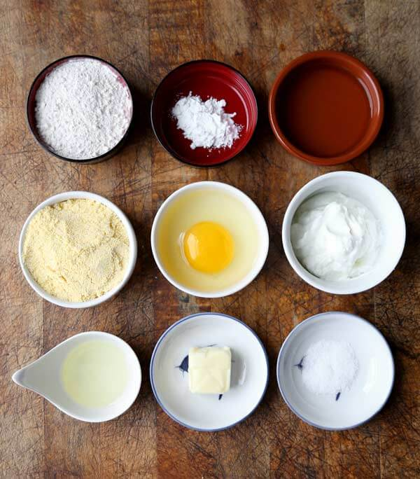 southern-cornbread-ingredients