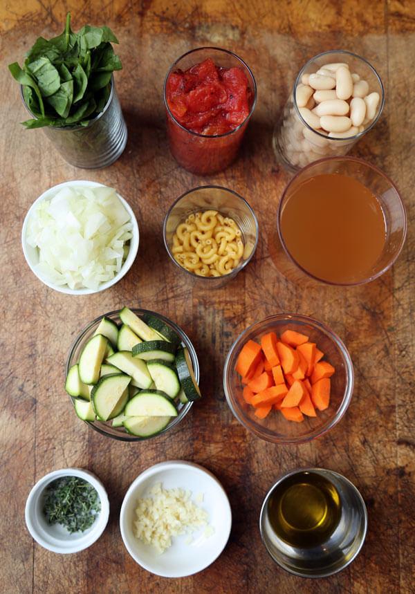 tuscan-soup-ingredients