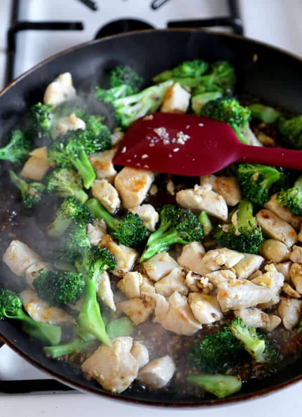 chicken-broccoli-frying