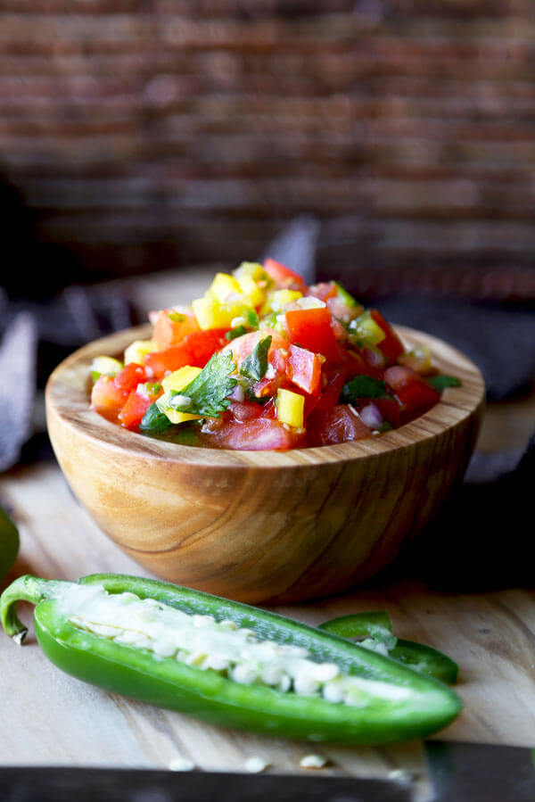 Easy, Healthy & Simple Fresh Salsa Recipe that's medium spicy, tangy and a little sweet. Ready in only 15 minutes & so much better than store-bought salsa!