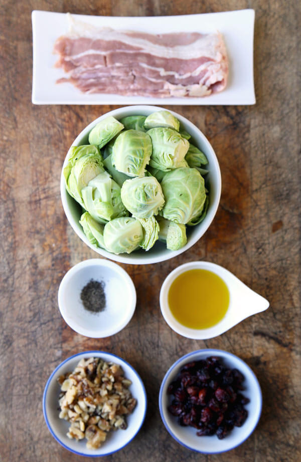 oven-roasted-brussels-sprouts-ingredients