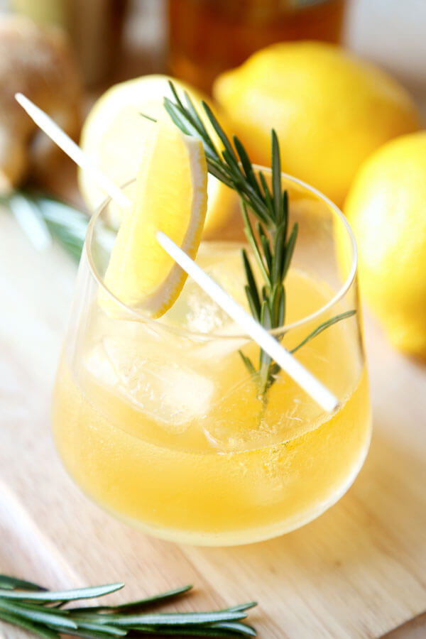 rosemary-ginger-whiskey-sour-2OPTM