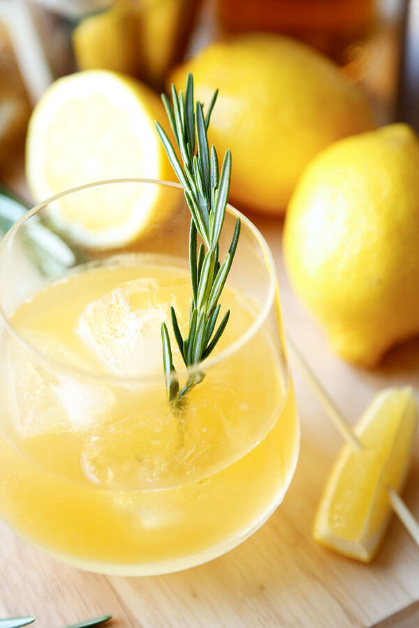 rosemary-ginger-whiskey-sour-3optm