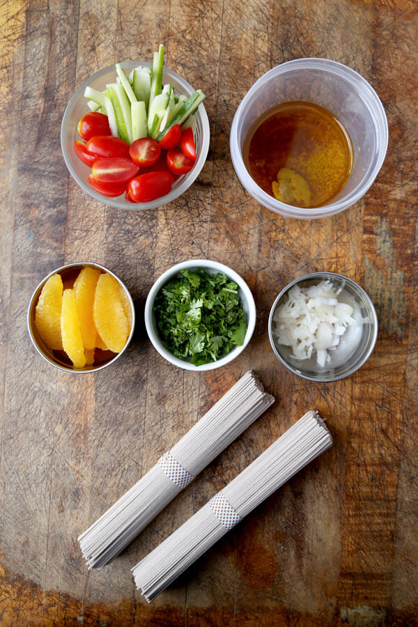 soba-noodle-salad-ingredients