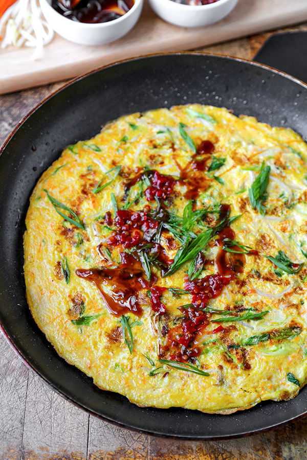 Chinese scallion omelette