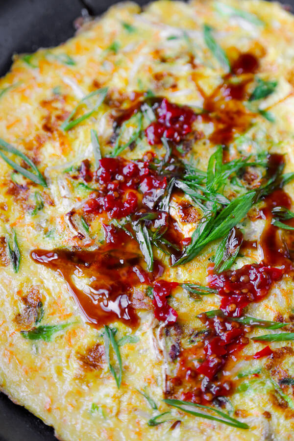 Chinese Vegetable Omelette - A simple Chinese vegetable omelette with Maggi seasoning and topped with oyster sauce. This recipe is so yummy, it will become part of your weekly meal rotation! We love this for brunch! Easy, Quick Recipe. | pickledplum.com
