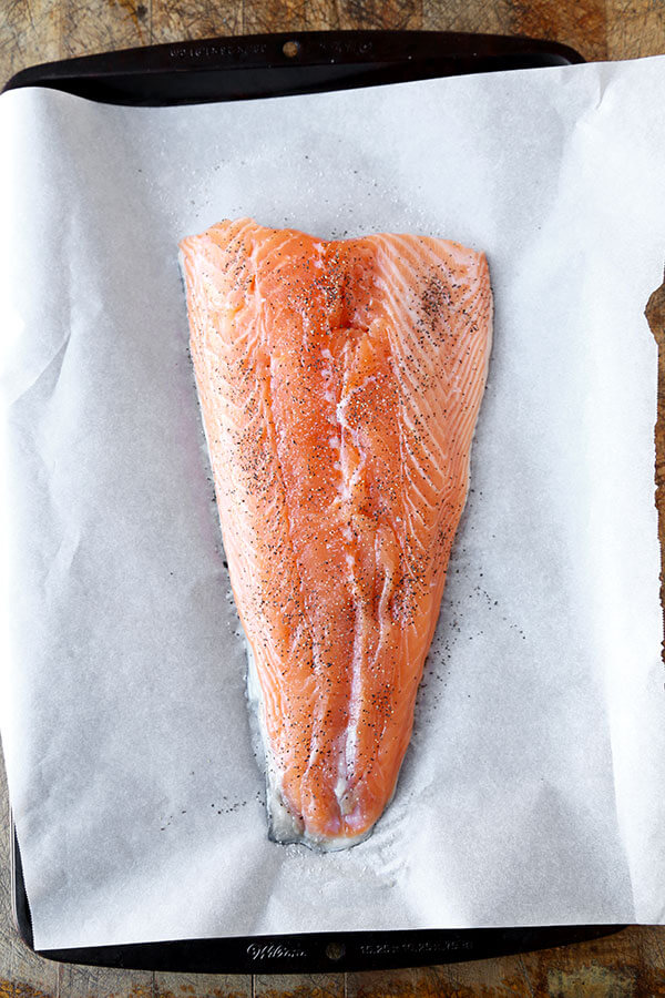 oven-baked-salmon-seasoned