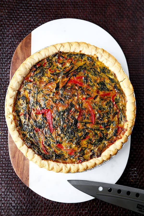 spring Swiss Chard Pie With Gruyère - Feed your family a healthy and beautiful spring Swiss Chard Pie With Gruyère for dinner tonight. Only 15 minutes to prep and ready to serve in less than an hour! Recipe, healthy, easy, quiche, tart, French, baking | pickledplum.com