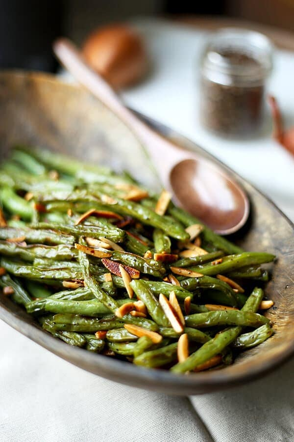 French Broiled Green Beans Almondine