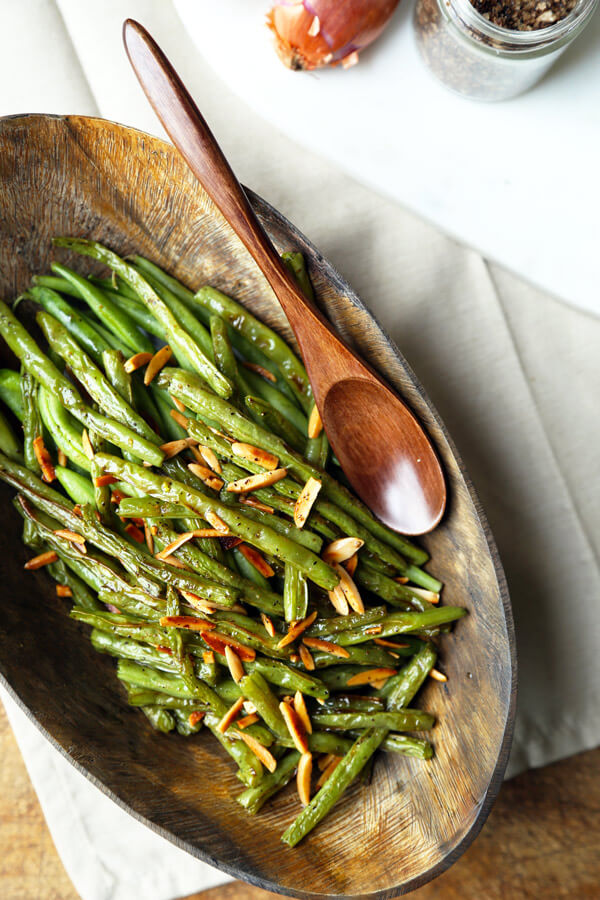 Broiled Green Beans Almondine