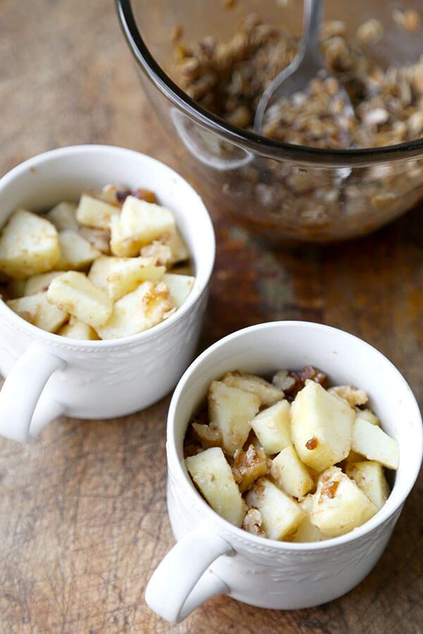 apples-in-mug