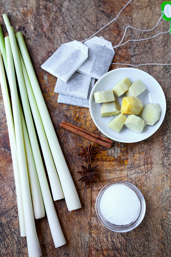 ingredients-for-lemongrass-tea