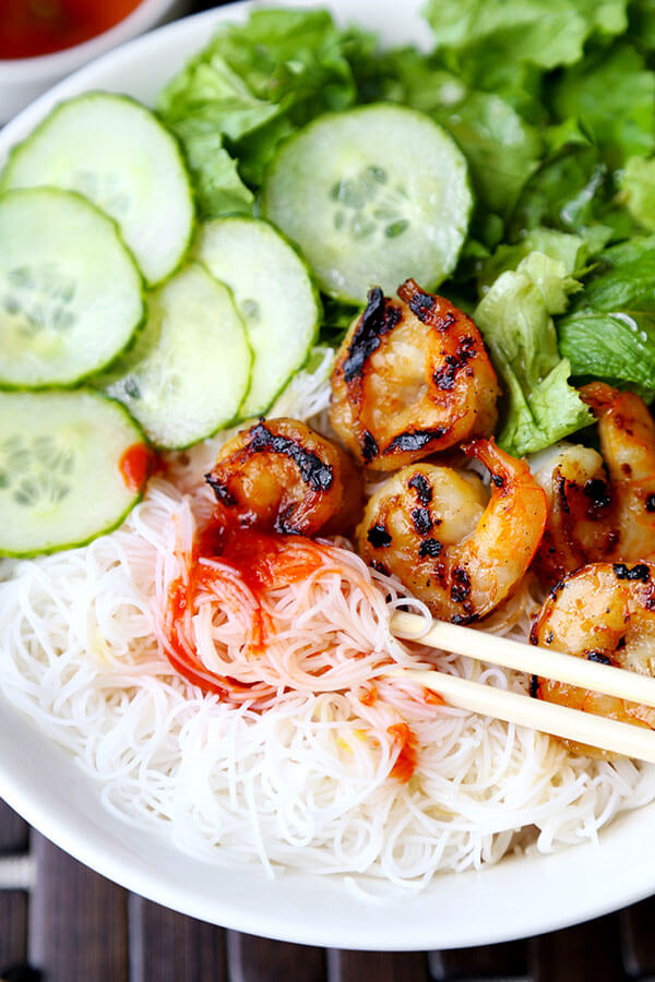 Shrimp Bun Cha - A fresh, light Vietnamese noodle dish with caramelized shrimp, fragrant herbs and nuoc cham dipping sauce. This Shrimp Bun Cha Recipe is ready in 25 minutes! Recipe, Vietnamese, noodles, dinner, main, seafood, healthy | pickledplum.com
