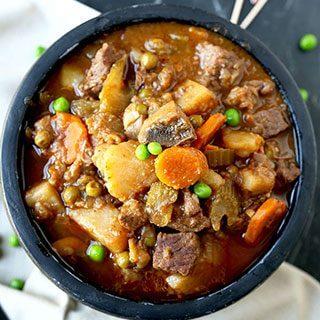 Slow Cooker Beef Stew (Video)