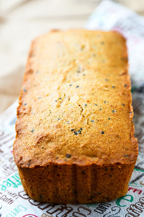Sweet Potato & Black Sesame Pound Cake - I call this sweet potato and black sesame pound cake the Japanese version of banana bread! Dip it in your coffee or tea while getting your beta carotene fix! Recipe, cake, breakfast, snack, baking | pickledplum.com