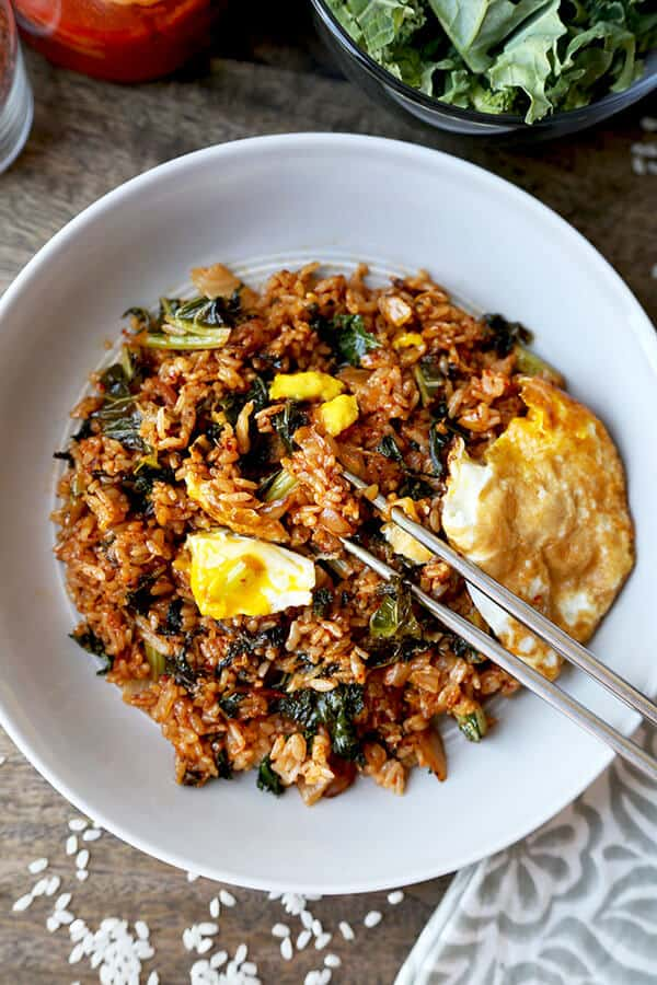 Kimchi Fried Rice (Kimchi Bokkeum Bap)