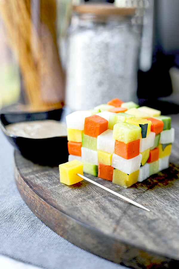 Japanese Bagna Cauda - Offer a fun and creative way to eat veggies! This an easy Japanese style bagna càuda that doesn't require any heat or fondue sticks. Stacking the cubed vegetables in the shape of a Rubik's cube is a sure way to impress anyone who's coming to dinner tonight! Ready in 18 minutes from start to finish. Healthy vegetable recipes, vegetable dip recipe, healthy Italian appetizers, vegetable recipe ideas | pickledplum.com