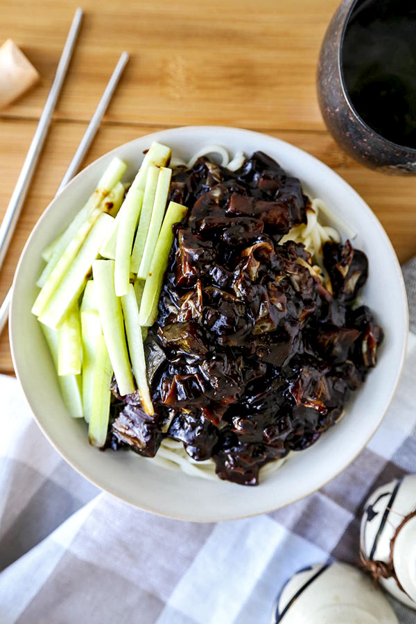Vegan Jajangmyeon Korean Noodles With Black Bean Sauce